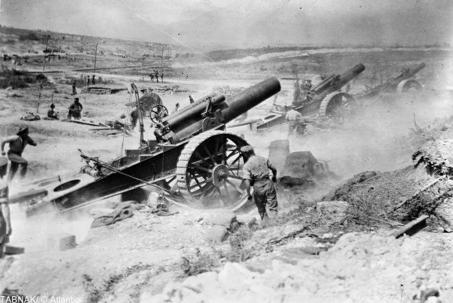 9-british-artillery-bombarding
